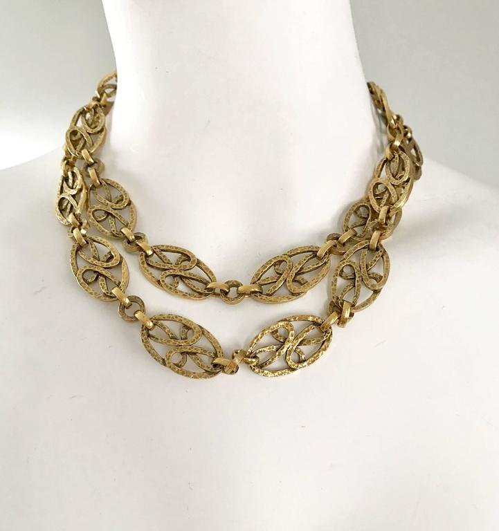 Women's Rare 1970s Yves Saint Laurent Gold Meadillion YSL Vintage Chain Belt or Necklace For Sale