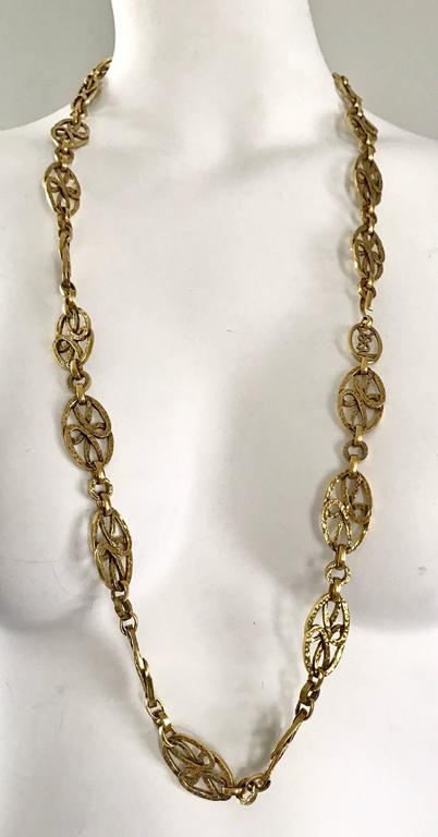 Rare 1970s Yves Saint Laurent Gold Meadillion YSL Vintage Chain Belt or Necklace For Sale 5