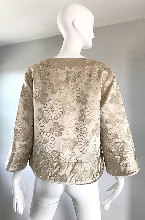 1960s Dynasty Beige Silk Flower Asian Gorgeous Vintage 60s Swing Jacket  4