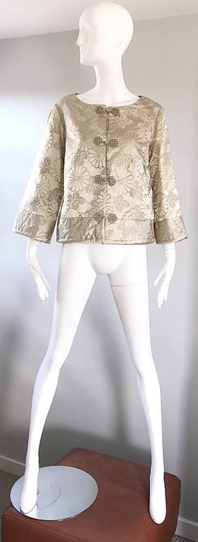 1960s Dynasty Beige Silk Flower Asian Gorgeous Vintage 60s Swing Jacket  7