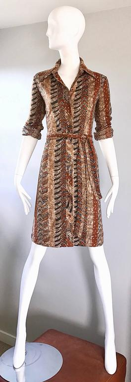 Bonwit Teller 1970s Batik Print Belted Cotton 70s Vintage Brown Safari Dress  For Sale 1