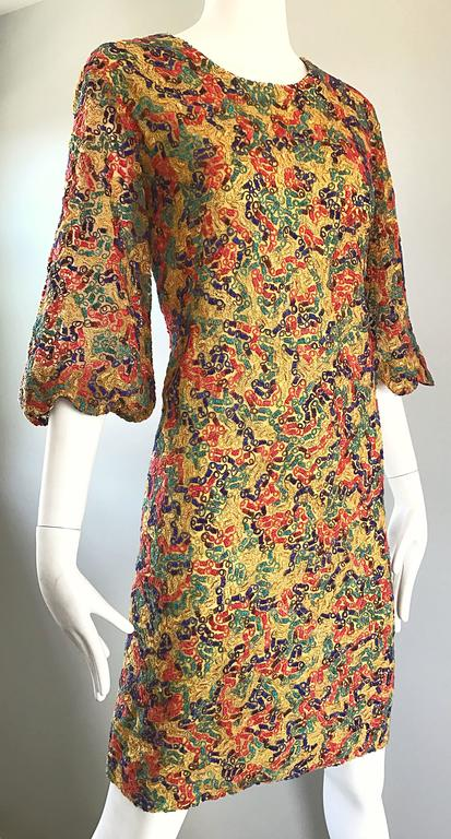 Amazing 1960s Colorful 60s Vintage Mod Shift Dress w/ Scalloped Bell Sleeves In Excellent Condition For Sale In Chicago, IL