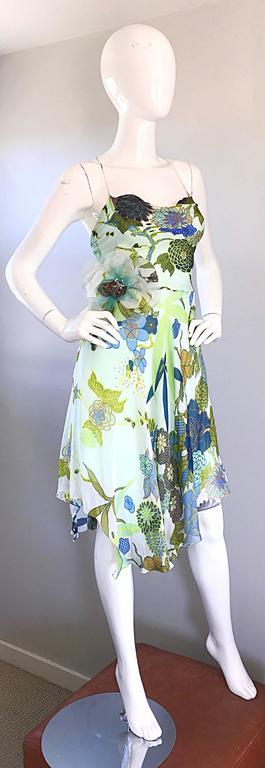 Women's Beautiful 1990s Jenny Packham Silk Chiffon Flower Printed Handkerchief Hem Dress For Sale