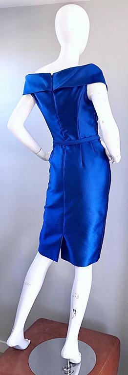 Catherine Regehr Saks 5th Ave Royal Blue Silk Off - Shoulder Belted Dress Size 6 For Sale 3