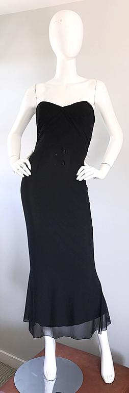 Classic vintage 90s VICKY TIEL COUTURE black silk mesh strapless mermaid gown / maxi dress! Features signature Tiel pleating detail at the bust. Great fit that stretches to fit the body. Black mesh overlay a black silk. Boned bodice keeps everything