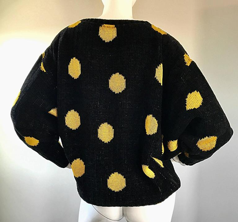 Rare Vintage Gianni Versace Early 1980s Intarsia Black Yellow Polka Dot Sweater For Sale 4