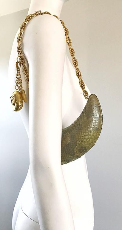 1stdibs Avant Garde Vintage 1990s Horn Shaped Snakeskin Removable Charm Evening Bag 90s ABSkTQAv
