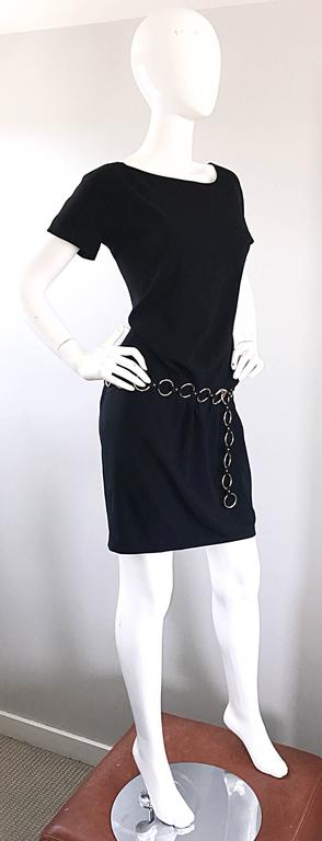 1990s Moschino Cheap & Chic Black Silver Chain Loop Belt Vintage Dress Size 6  7