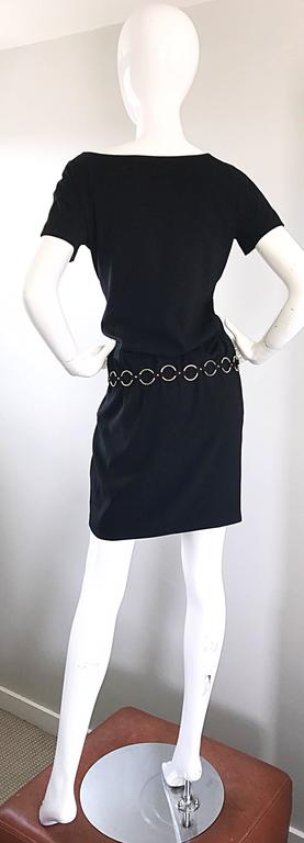 1990s Moschino Cheap & Chic Black Silver Chain Loop Belt Vintage Dress Size 6  8
