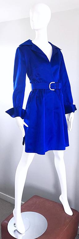 Gorgeous Bill Blass Couture Vintage 1970s Royal Blue Silk Satin Belted 70s Dress In Excellent Condition For Sale In Chicago, IL