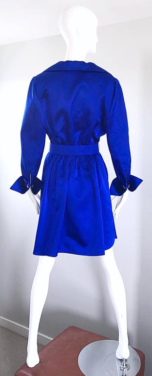 Gorgeous Bill Blass Couture Vintage 1970s Royal Blue Silk Satin Belted 70s Dress For Sale 1