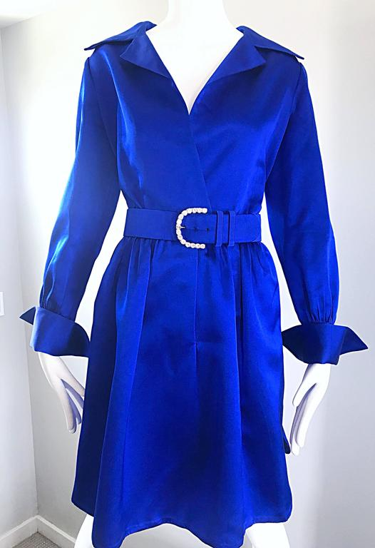 Gorgeous Bill Blass Couture Vintage 1970s Royal Blue Silk Satin Belted 70s Dress For Sale 2