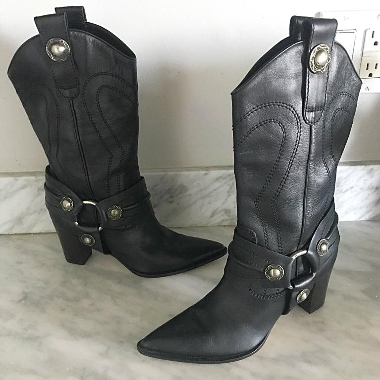 Casadei Size 5 Black Leather Western High Heeled Pointed Toe Cowboy Boots  For Sale 5