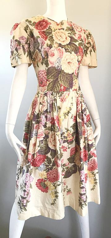 Women's Beautiful 1980s does 1950s Hand Painted Floral Puff Sleeve Vintage 80s Dress For Sale