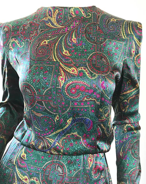 Black Louis Feraud Pretty Vintage Jewel Tone Size 4 Paisley Silk Long Sleeve Dress  For Sale