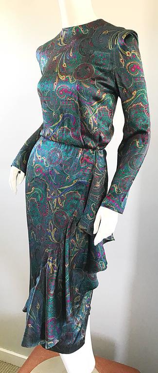 Louis Feraud Pretty Vintage Jewel Tone Size 4 Paisley Silk Long Sleeve Dress  For Sale 3