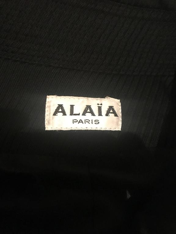 Rare Vintage Alaia 1980s Musuem Held Avant Garde Wasp Waist 80s Fitted Jacket For Sale 5