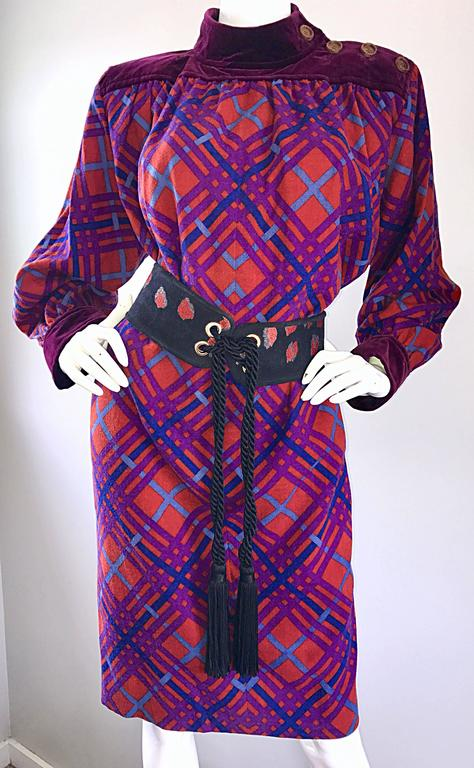 Yves Saint Laurent Vintage Russian Collection 1976 Geometric 70s Dress  In Excellent Condition For Sale In Chicago, IL