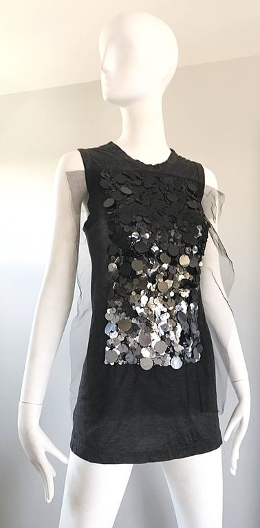 1990s Vera Wang Charcoal Gray Paillettes Tulle Sleeveless Vintage Blouse Top 6