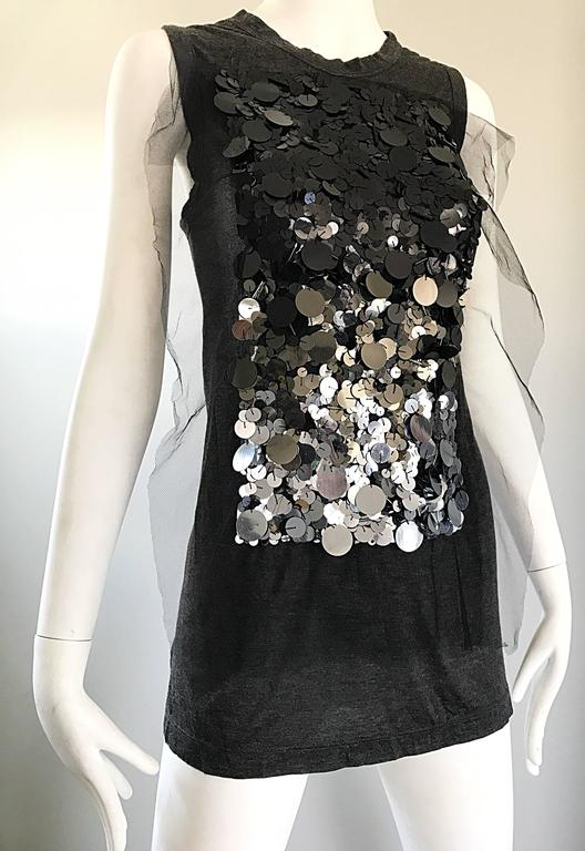 1990s Vera Wang Charcoal Gray Paillettes Tulle Sleeveless Vintage Blouse Top 7