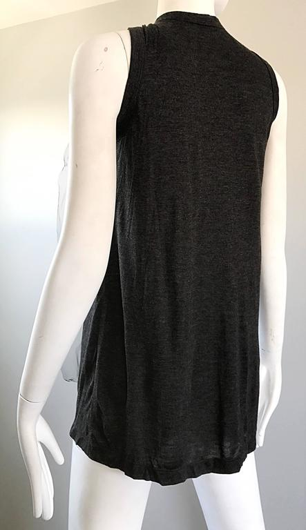 1990s Vera Wang Charcoal Gray Paillettes Tulle Sleeveless Vintage Blouse Top 8
