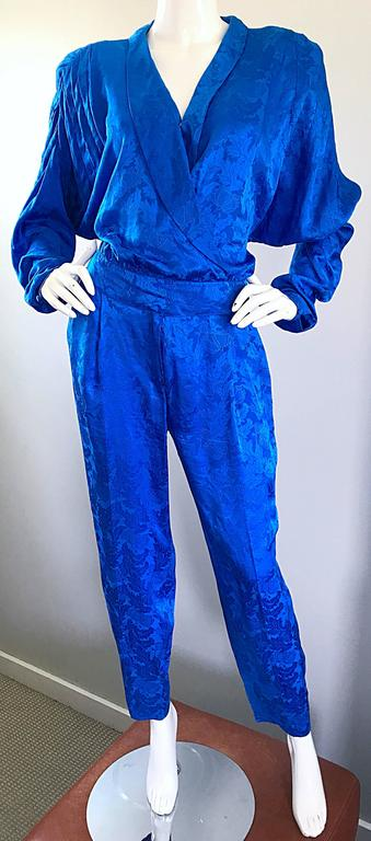 Vintage Flora Kung Royal Blue Size 10 Silk Long Dolman Sleeve Jumpsuit  For Sale 3