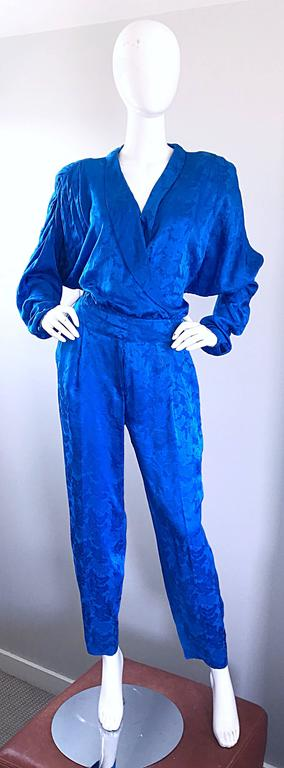 Vintage Flora Kung Royal Blue Size 10 Silk Long Dolman Sleeve Jumpsuit  For Sale 5