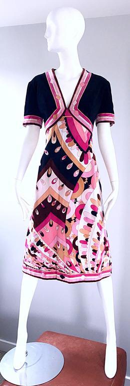 Vintage Emilio Pucci 1960s Signature Kaleidoscope Print 60s Velvet A Line Dress For Sale 4