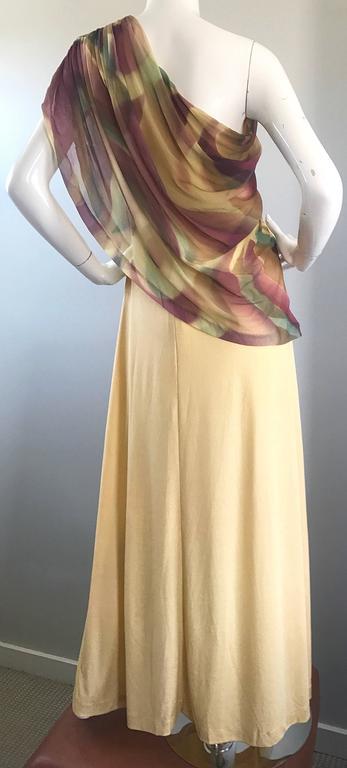 1970s Joy Stevens One Shoulder Gold Grecian Inspired 70s Vintage Gown Maxi Dress For Sale 4