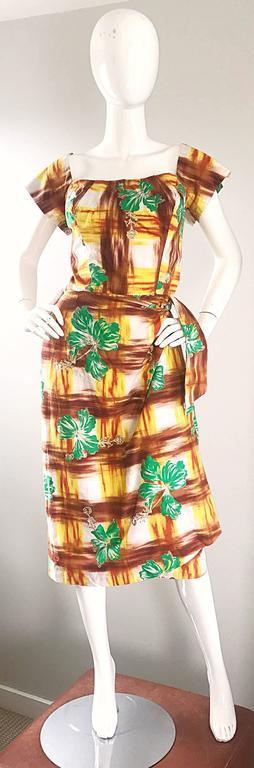 Brown 1950s Kamehameha Hawaiian Beautiful Hand Painted Vintage 50s Cotton Wrap Dress For Sale