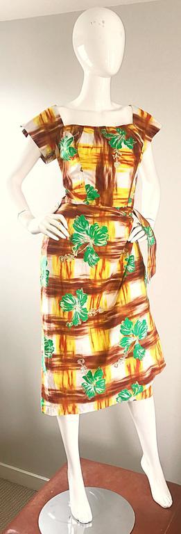 Women's 1950s Kamehameha Hawaiian Beautiful Hand Painted Vintage 50s Cotton Wrap Dress For Sale