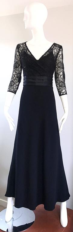 Beautiful 1990s Badgley Mischka Black Lace 3/4 Sleeves Size 8 Vintage Gown  2