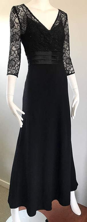 Beautiful 1990s Badgley Mischka Black Lace 3/4 Sleeves Size 8 Vintage Gown  4
