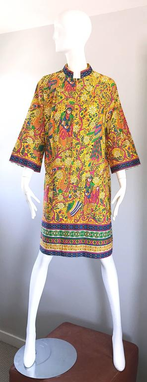 Amazing 1960s Asian Empress Novelty Print Cotton Vintage 60s Tunic Dress  2