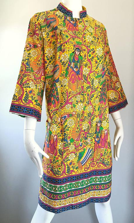 Amazing 1960s Asian Empress Novelty Print Cotton Vintage 60s Tunic Dress  5