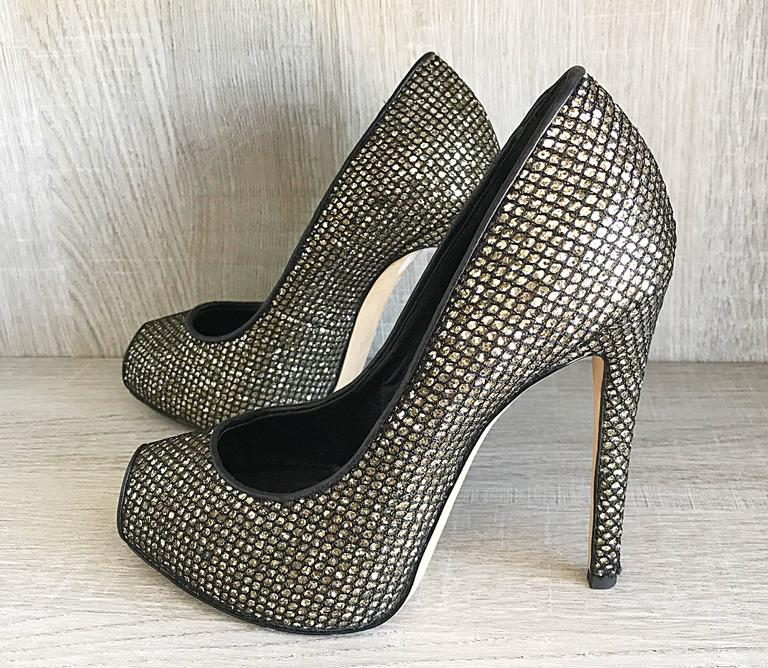 Giuseppe Zanotti Black and Silver Glitter Size 37 / 7 Peep Toe Shoes High Heels  For Sale 6
