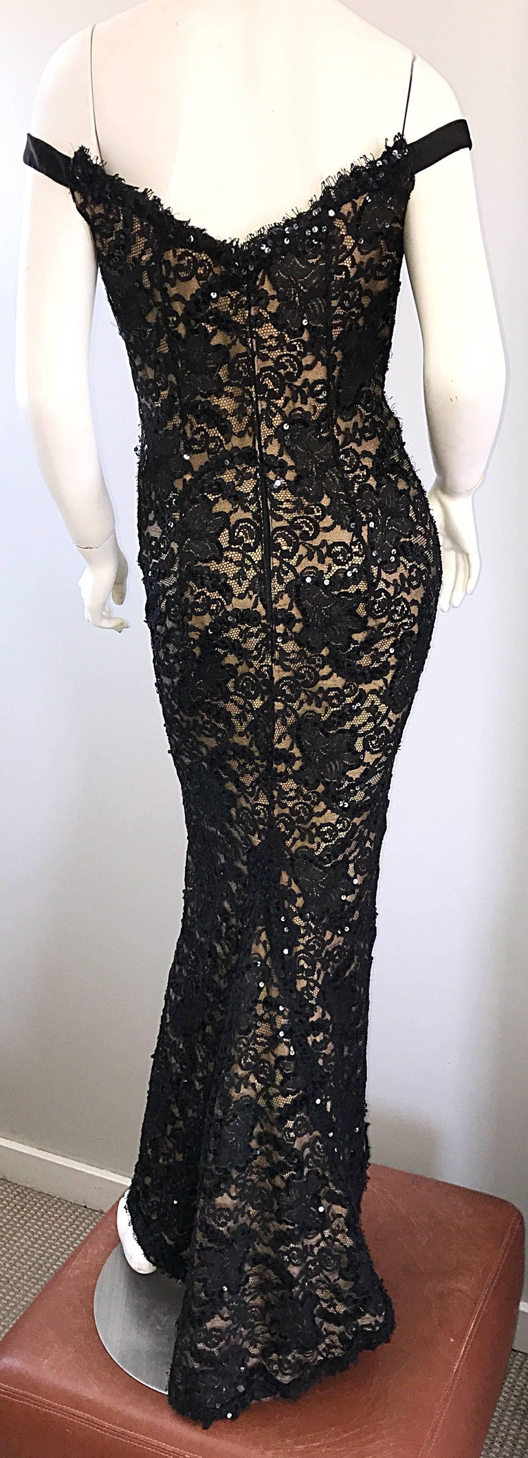 Women's Vintage Bob Mackie Black Lace Sequin Size 8 1990s 90s Evening Off Shoulder Gown  For Sale