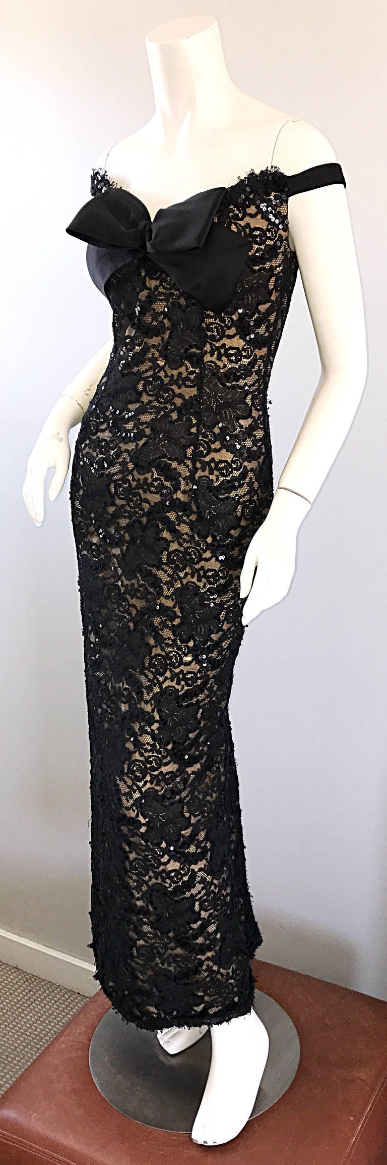 Vintage Bob Mackie Black Lace Sequin Size 8 1990s 90s Evening Off Shoulder Gown  For Sale 2