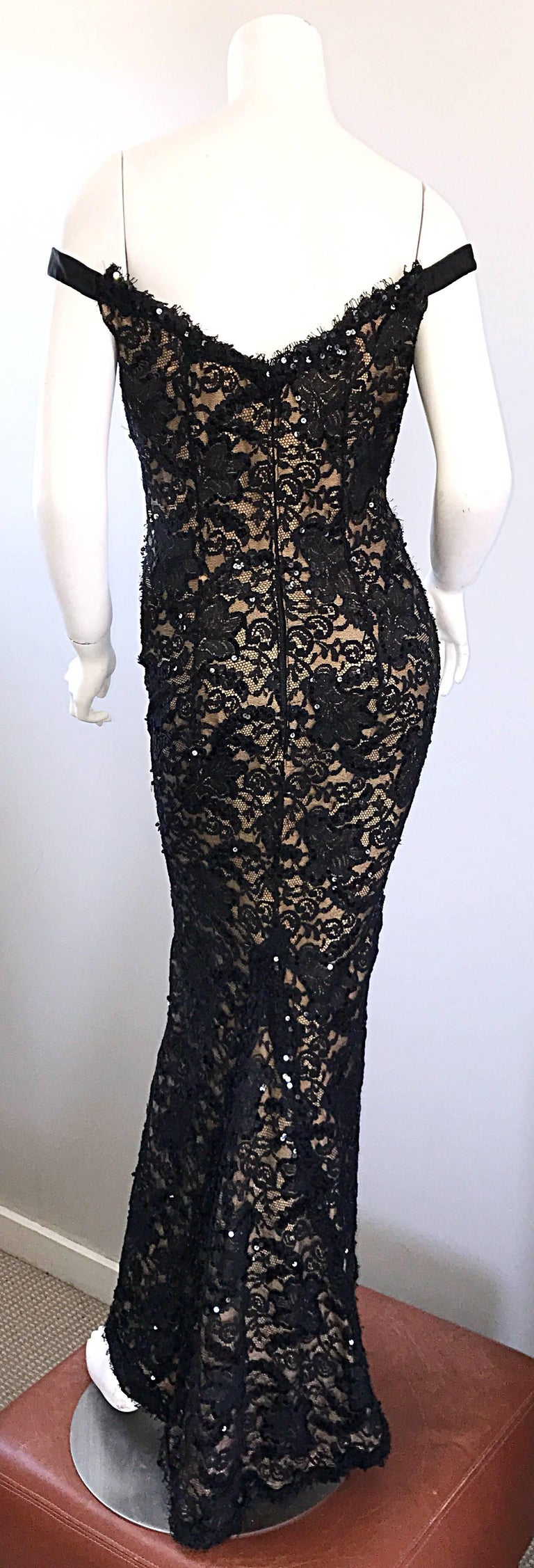 Vintage Bob Mackie Black Lace Sequin Size 8 1990s 90s Evening Off Shoulder Gown  For Sale 3