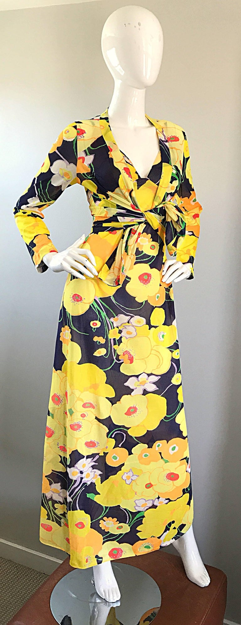 Women's Amazing 1970s Christian Dior Flower Print Vintage 70s Maxi Dress and Jacket Set For Sale