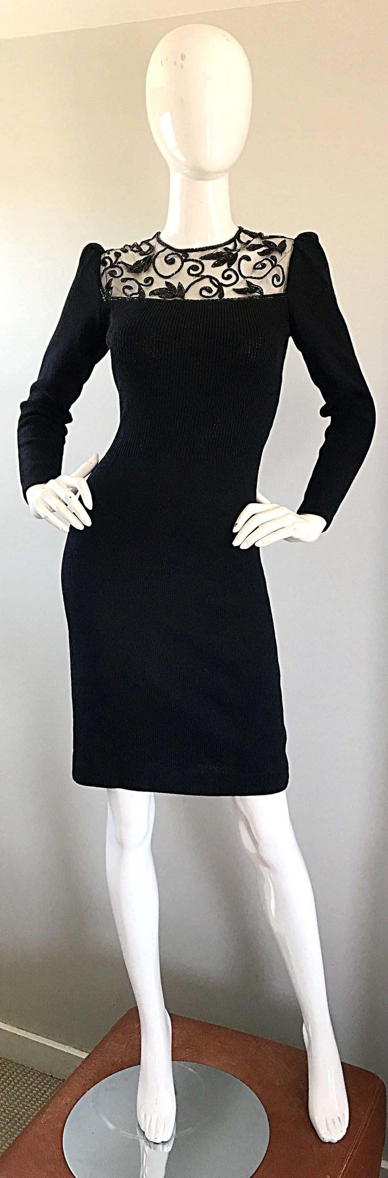 Vintage St John by Marie Gray Black Santana Knit Sequin Cut-Out Back 1990s Dress In Excellent Condition For Sale In San Francisco, CA