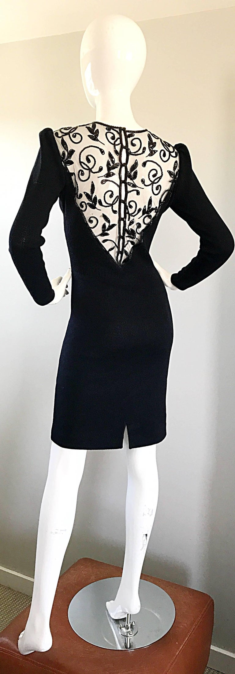 Vintage St John by Marie Gray Black Santana Knit Sequin Cut-Out Back 1990s Dress For Sale 4