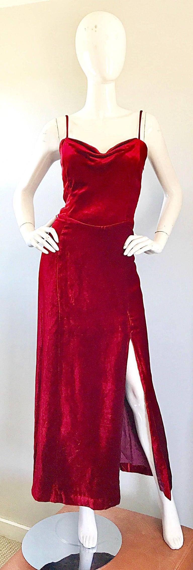 1990s Giorgio Armani Collezioni Crimson Red Silk Velvet Size 8 Vintage 90s Gown 9