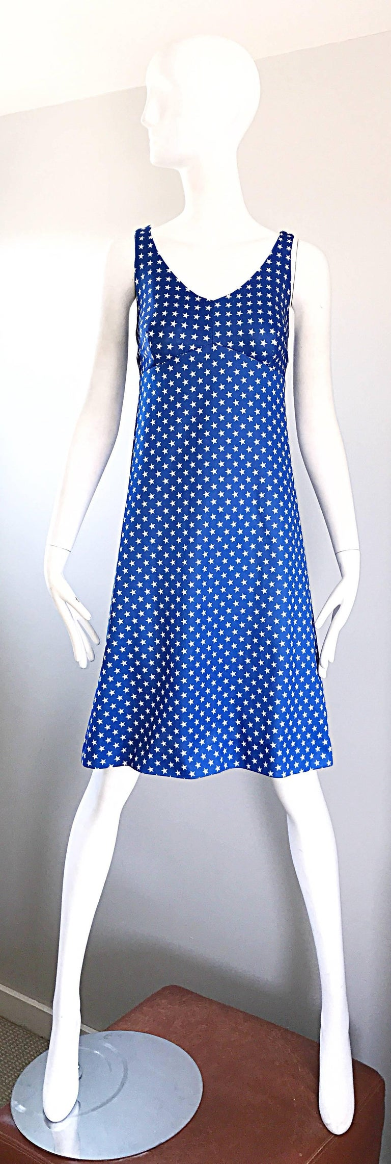 Purple 1960s Royal Blue and White Star Print A - Line Novelty Vintage 60s Dress For Sale