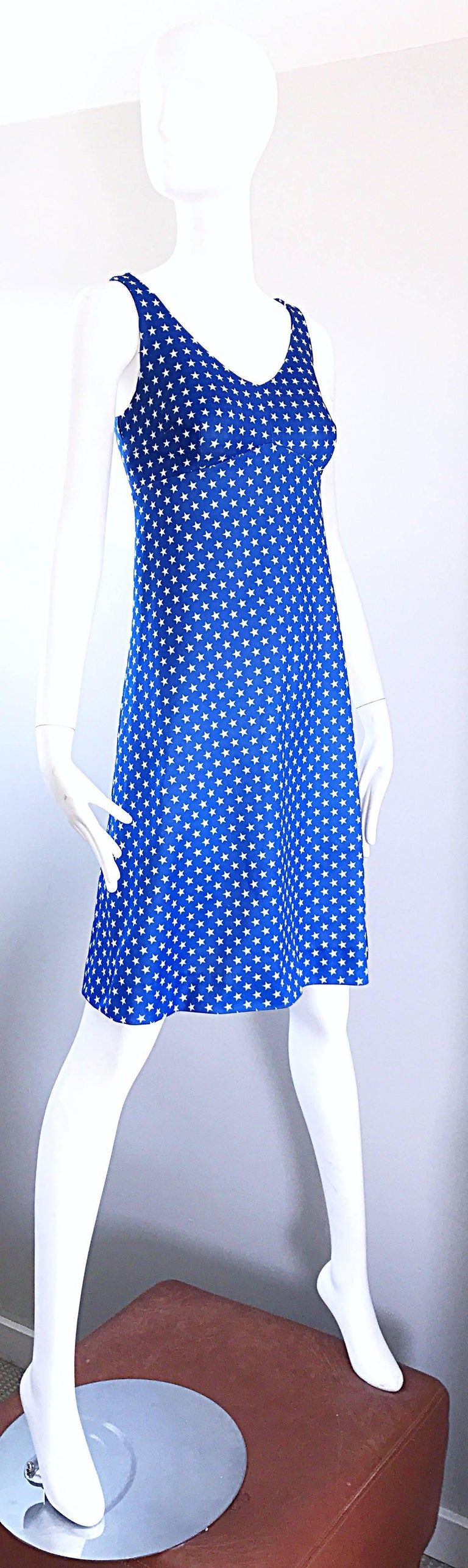 1960s Royal Blue and White Star Print A - Line Novelty Vintage 60s Dress For Sale 1