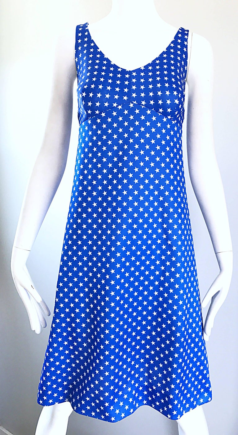 1960s Royal Blue and White Star Print A - Line Novelty Vintage 60s Dress For Sale 2