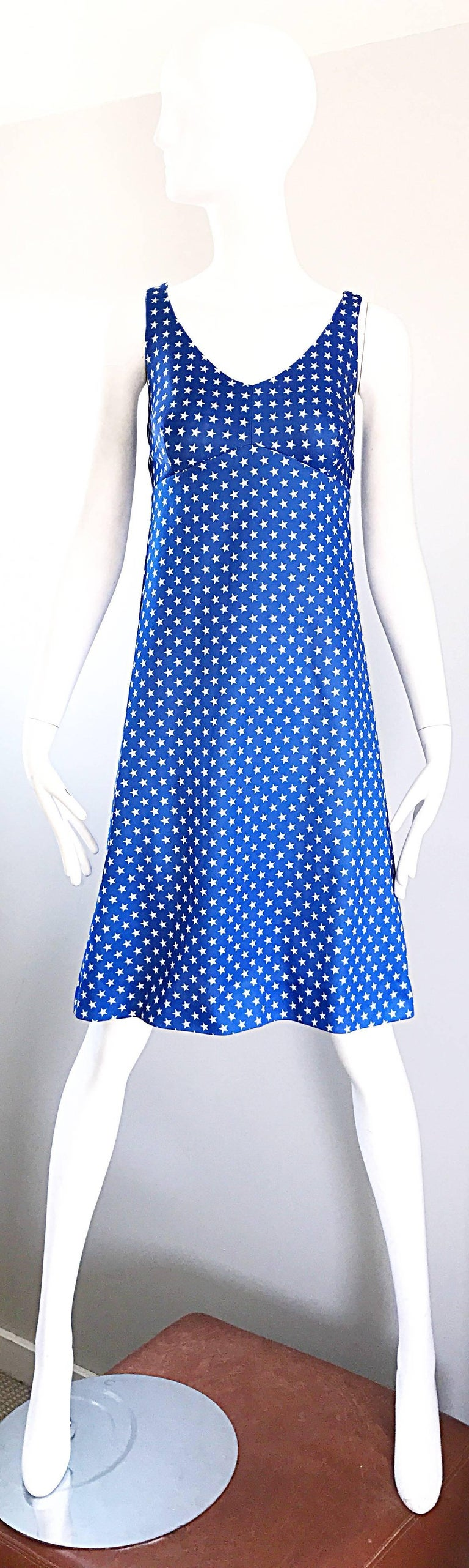 1960s Royal Blue and White Star Print A - Line Novelty Vintage 60s Dress For Sale 5