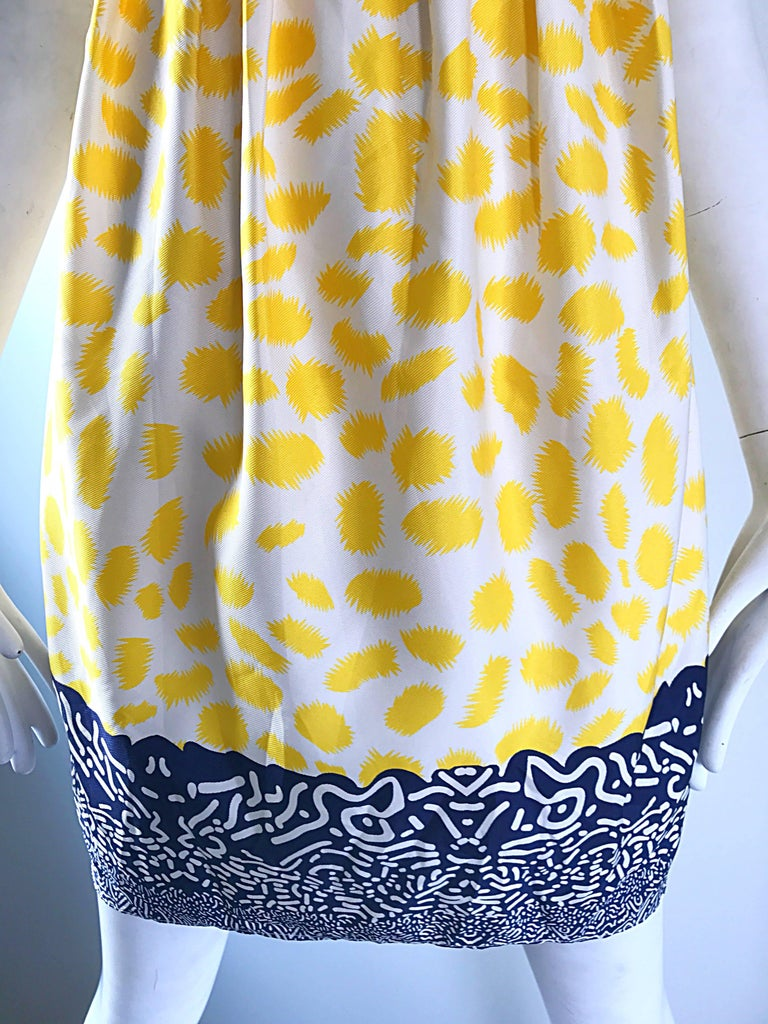 Marc Jacobs Collection White Yellow Blue Short Sleeve Size 2 Sac Nanydoll Dress 4