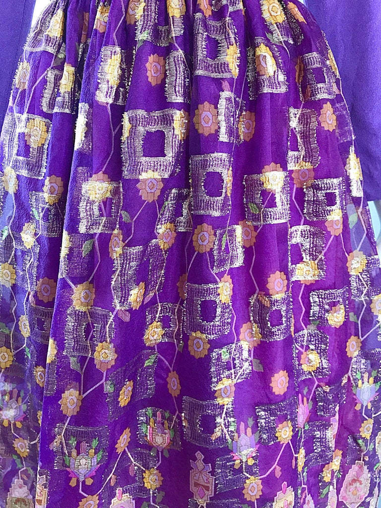 Beautiful 1970s Purple Lavender Ethnic Batik Print High Neck Vintage Midi Dress In Excellent Condition For Sale In Chicago, IL