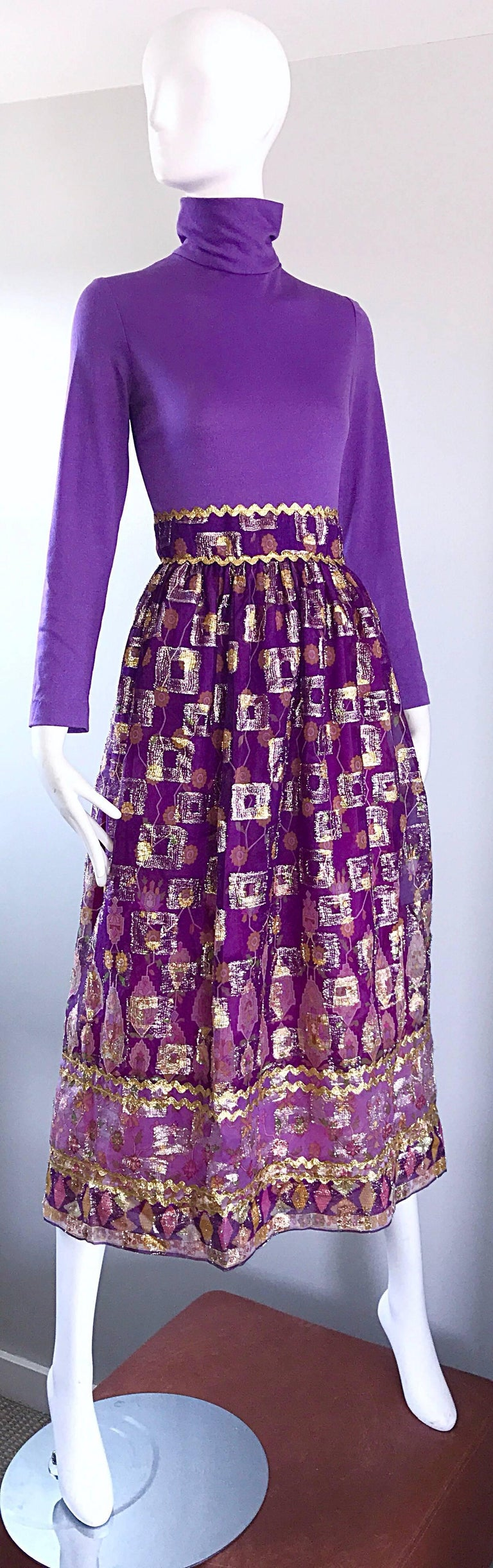 Beautiful 1970s Purple Lavender Ethnic Batik Print High Neck Vintage Midi Dress For Sale 1